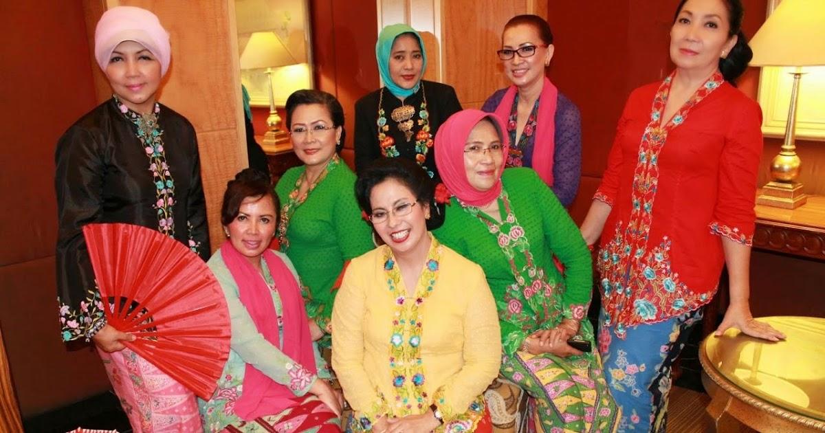 ... Pusat Batik Betawi, Produksi PUSAT BATIK BETAWI, BAJU BATIK BETAWI