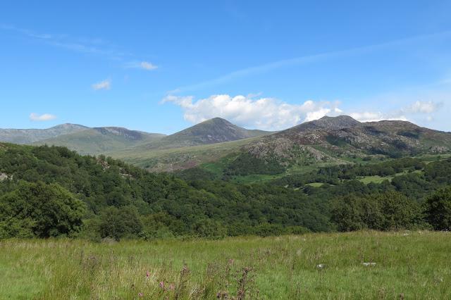 A view of the summits of the eastern Carneddau from Carnedd Llewelyn to Creigiau Gleision.