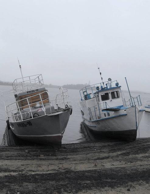 речные катера