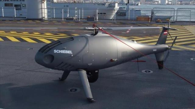Francia presenta sus nuevos drones en buque de asalto Dixmude