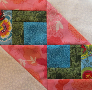 Weekly Free Quilt Pattern Block by The Quilt Ladies