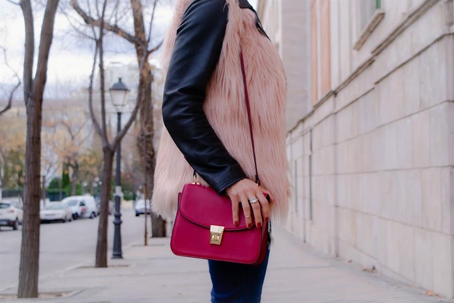 OUTFIT Faux Fur Vest, chaleco de pelo rosa, yanes young