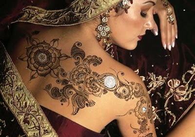 Latest Glitter Tattoos - Henna Mehndi Body Designs Collection