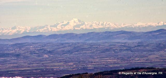 Col de Béal, Puy de Dôme, Auvergne.le Mont-Blanc