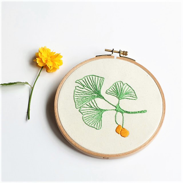 embroidery hoop gingko