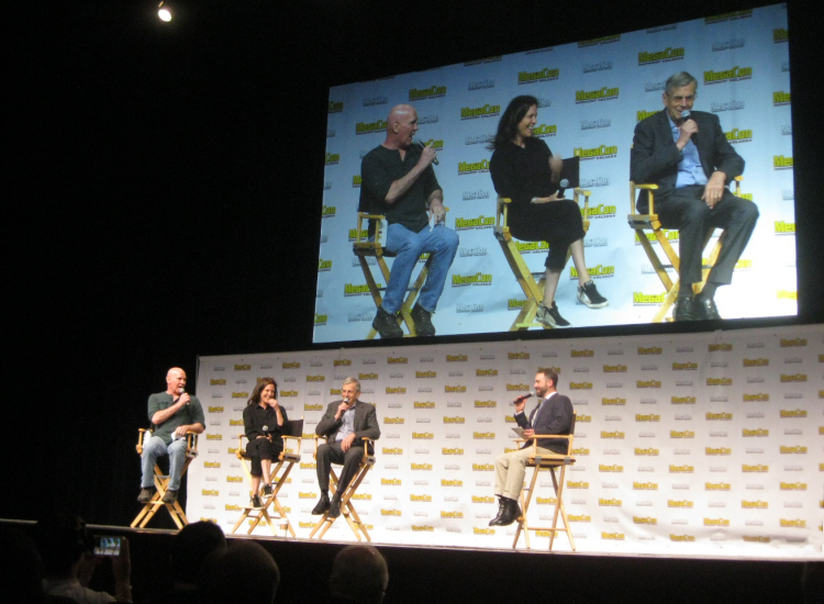 The X-Files Mini Reunion Reveals The Truth at MegaCon Orlando 2018