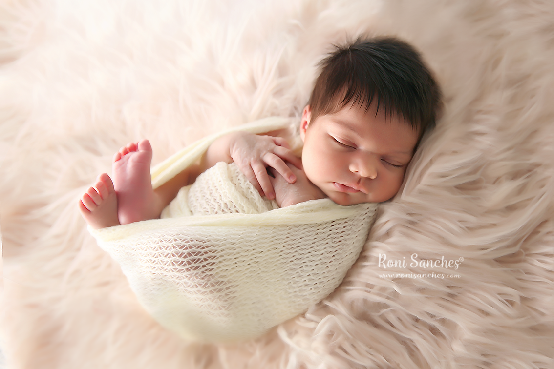 newborn recém nascido enrolado whap