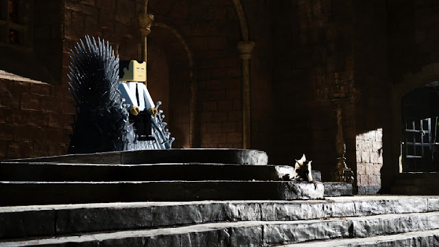 Spoiler alert: It shall be Bob on the throne.