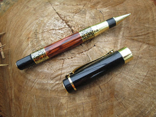 Pulpen Mewah Jinhao JH530 Golden Carving Mahogany Paint Metal Body