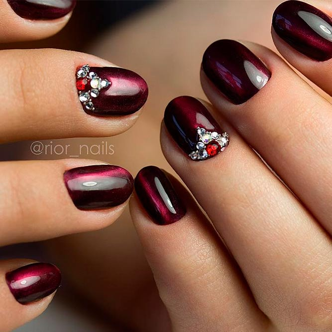 Eye catchy magnetic nail polish designs you will love to try patterned effect done using magnetic nail polish prinsesfo Choice Image