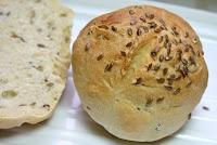 Bollos de pan con semillas