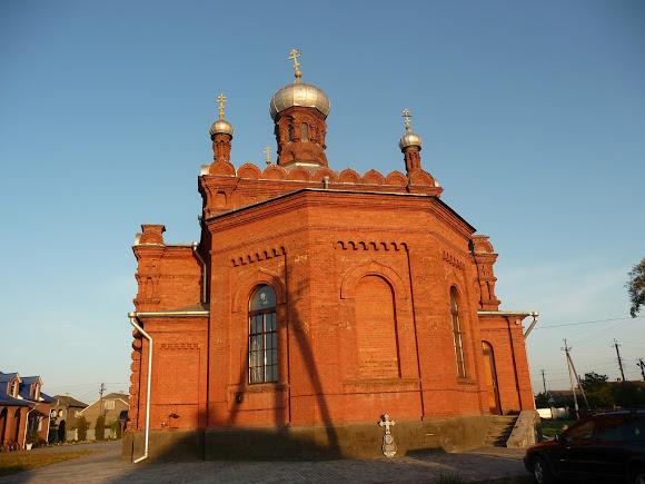 Маршинці, Новоселицький район, Чернівецька область. Свято-Миколаївська церква