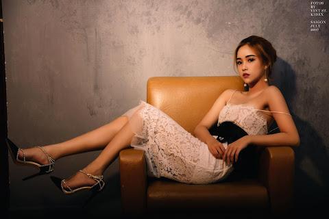 Ngắm ảnh Hot girl Facebook Lê Chi xinh đẹp kiêu sa