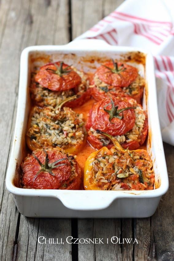 papryki i pomidory faszerowane ryzem