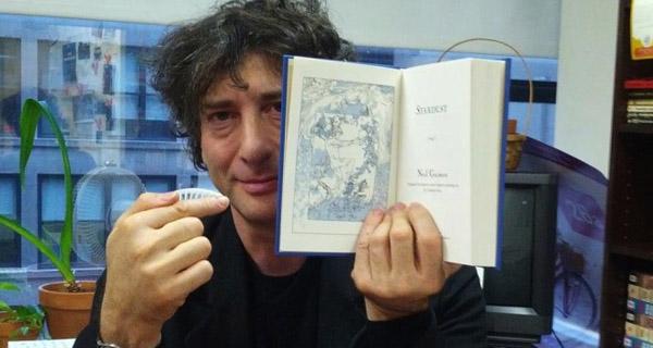 Neil Gaiman siempre mola
