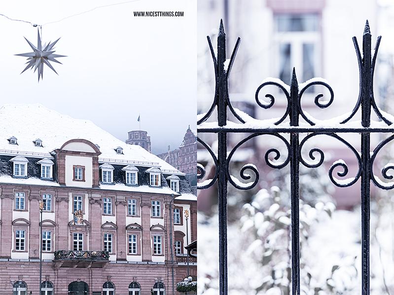 Rathaus Heidelberg im Schnee Schloss im Hintergrund
