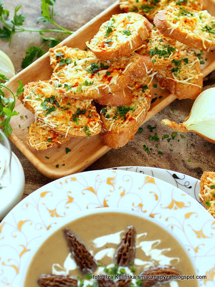 dodatek do zupy, grzanka z serem, kromki, chrupiace, grzaneczki, bulka