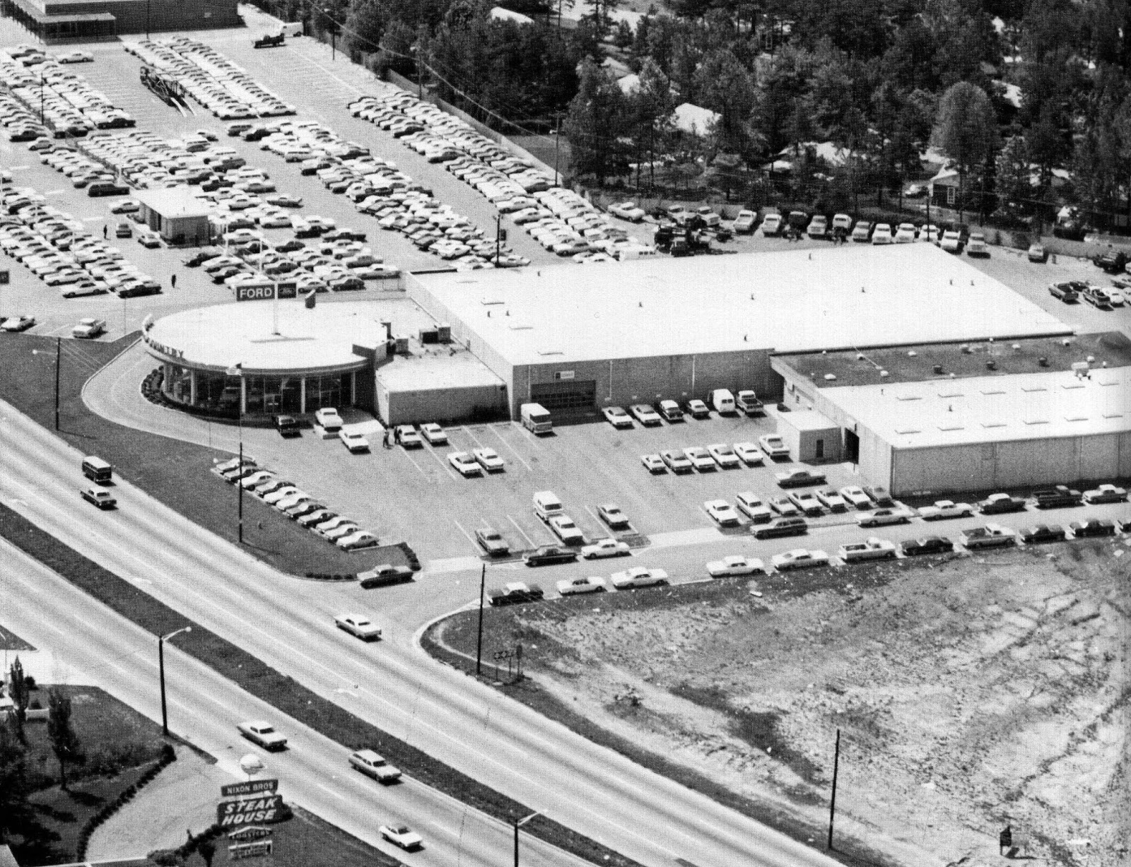 Ford Dealership Charlotte Nc >> CHARLOTTE EATS: Nixon Bros. Steakhouse - Pt II