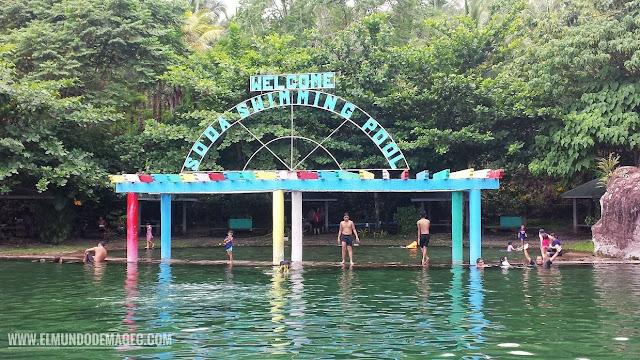 Camiguin-la-isla-verde-que-ver-hacer-soda.swimming-pool