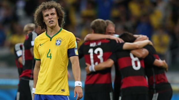 7 a 1 david luiz com cara de decepção na goleada brasil alemanha 7 x 1