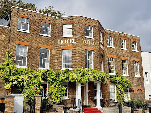 Mitre Hotel in East Molesey