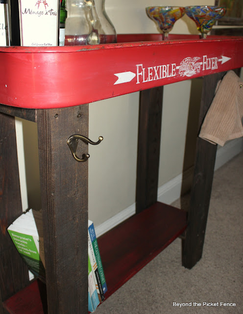 red wagon repurposed table http://bec4-beyondthepicketfence.blogspot.com/2012/08/flexible-flyer-fun.html