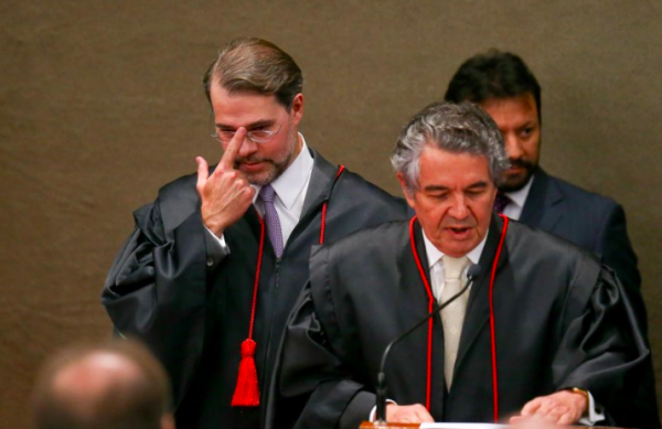 Toffoli suspende liminar de Marco Aurélio sobre condenados em 2ª instância