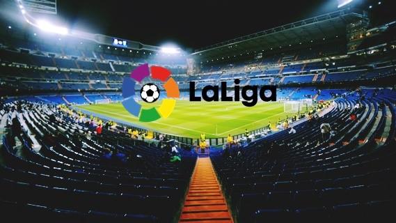 جدول ترتيب الدوري الاسباني 2017 /2018 ترتيب ريال مدريد وبرشلونة بعد إنتهاء الجولة الـ10 هزيمة ريال وفوز برشلونة في الجولة الـ10