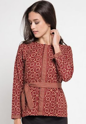 Model Baju Batik Atasan Kerja Wanita muslimah
