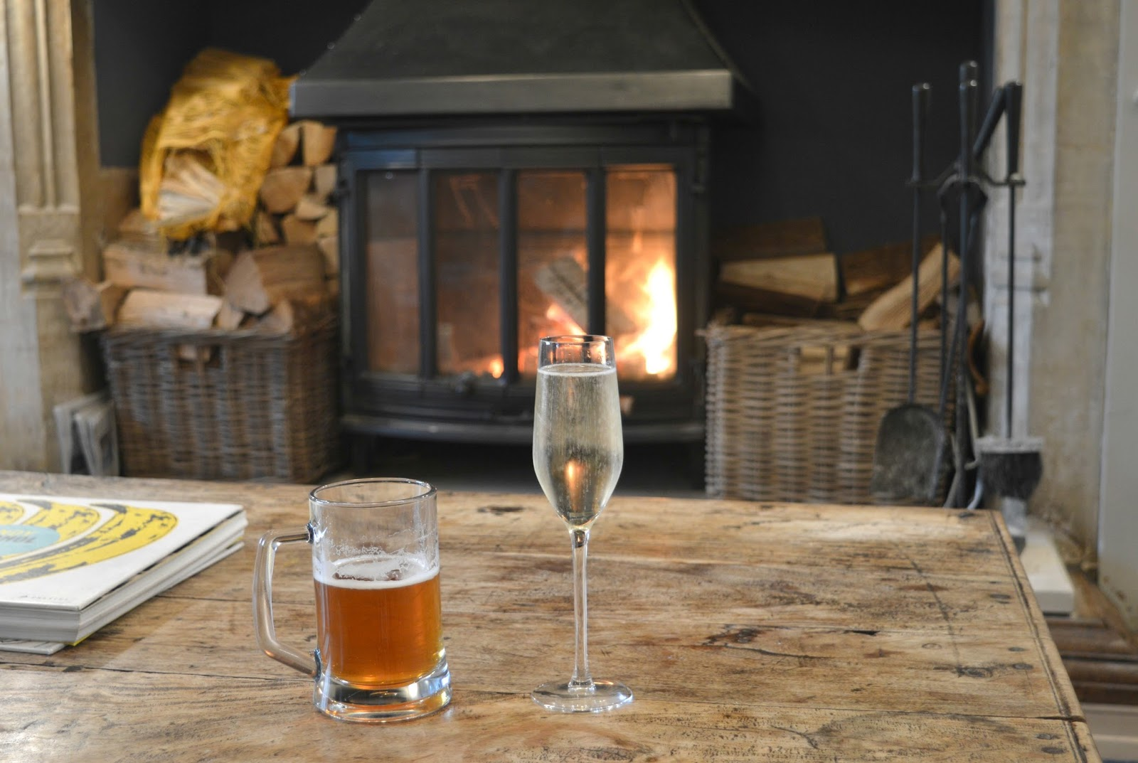 Cosy Hotel in the Cotswolds - The Painswick Lounge