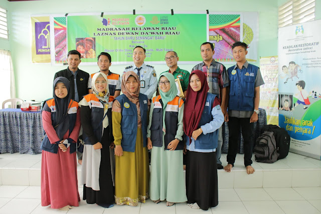 Tim Literasi INPRASA bersama Laznas Dewan Dakwah Riau, dan Kepala Sub Seksi Pendidikan dan Bimbingan Kemasyarakatan, Zunu Danu, S.S.Psi, Psikolog