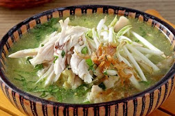 Soto Kemiri Khas Pati Yang Gurih dan Kaya Rempah (soto kemiri typical pati a savory and rich in spices)