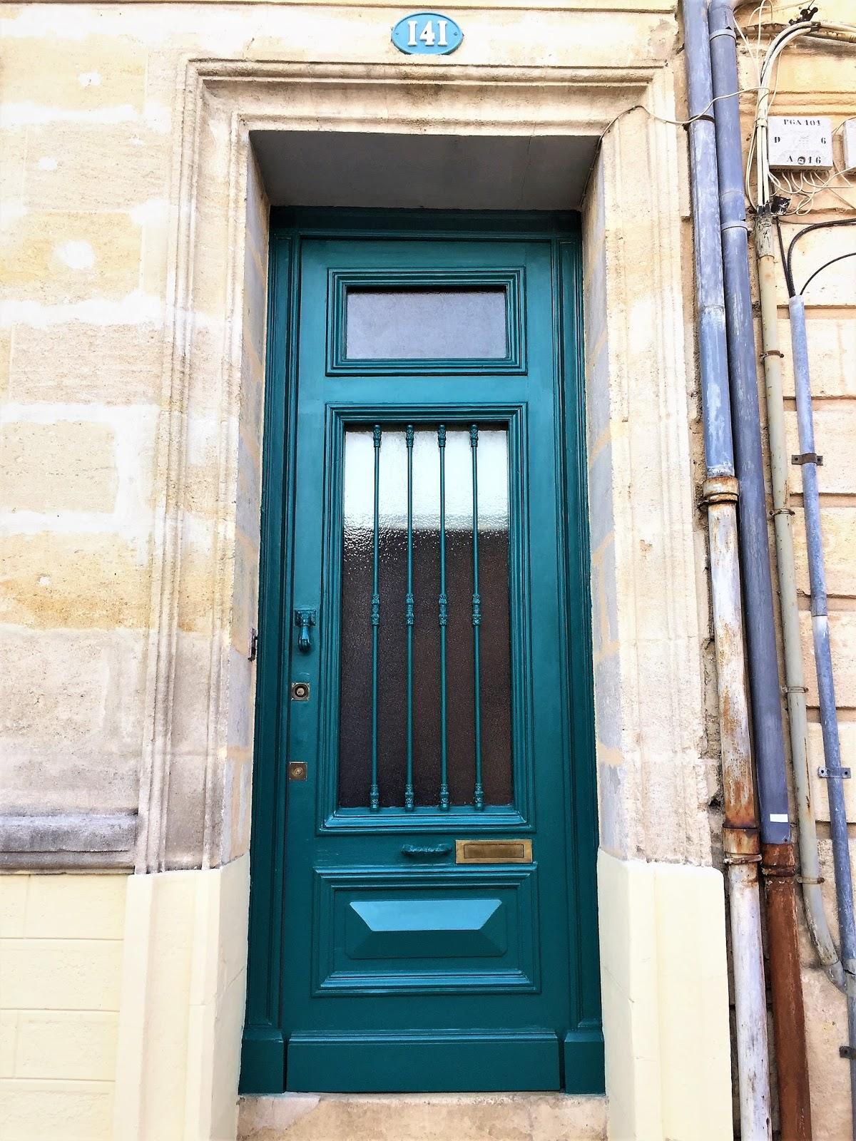 Cortigianerie porte e mascarons di bordeaux for Porte e porte