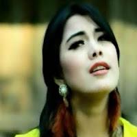 Lirik Lagu Minang Ratu Sikumbang – Rindu Bapusarokan