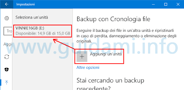 Windows 10 aggiungere unità per Backup con Cronologia file