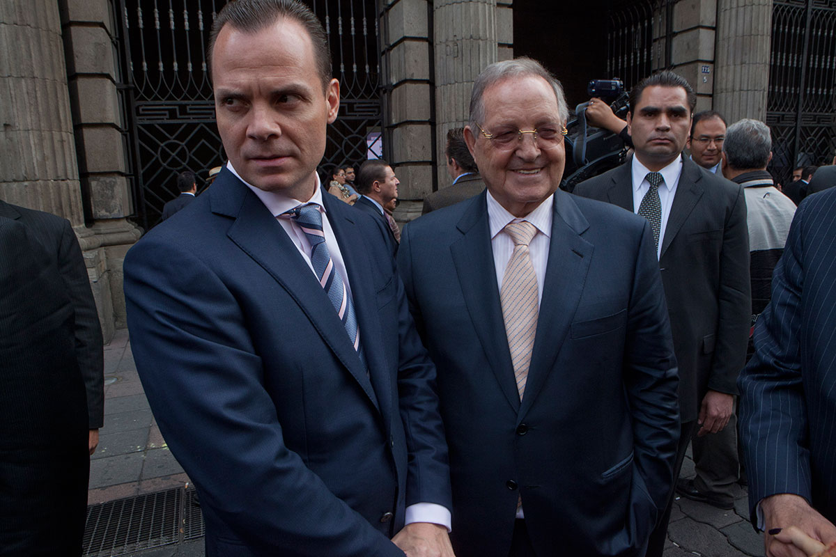 El Blog De Fred L Alvarez Olegario V Zquez Ra A Reportaje  # Muebles Hermanos Vazquez