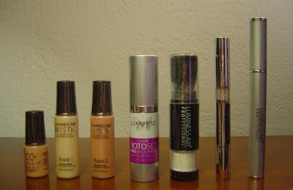 New Luminess Air Mystic Foundation Kit of seven cosmetics.jpeg