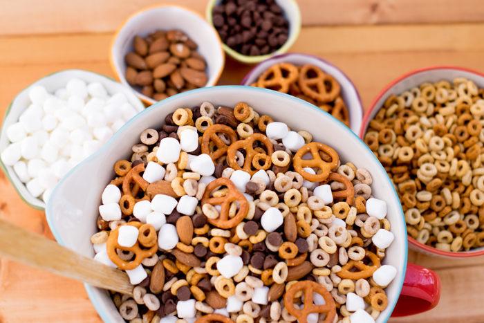 Recipe for Gluten Free Cheerios Trail Mix