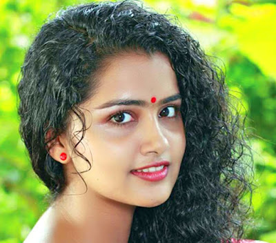 Anupama Parameswaran Hot Images Cute Expressions & Sexy Photos