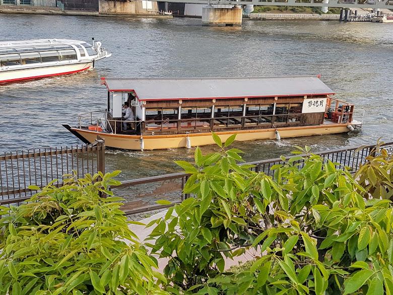 隅田川的船餐廳?