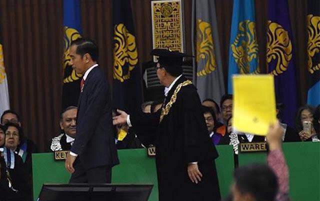 Diganjar Kartu Kuning oleh Mahasiswa UI, Ini Saran Fahri untuk Jokowi