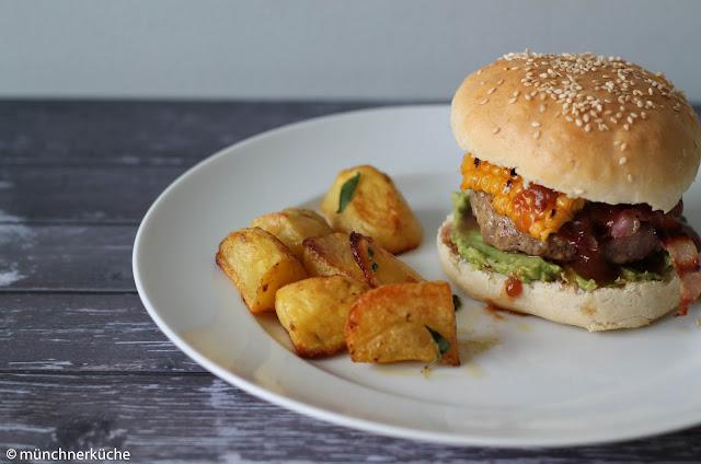 Brioche Bun aus dem Burger unser vom Callwey Verlag.