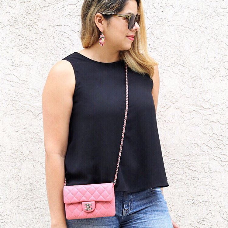 designer vault blogger, how to wear a pink chanel, pink chanel crossbody