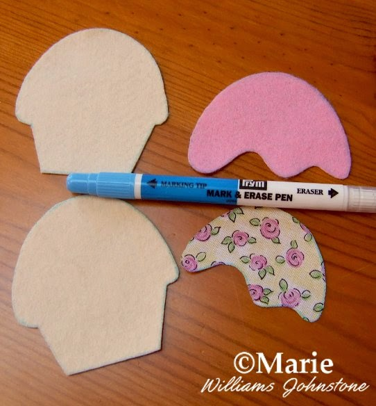 Water soluble fabric marker pen and cut fabric pieces