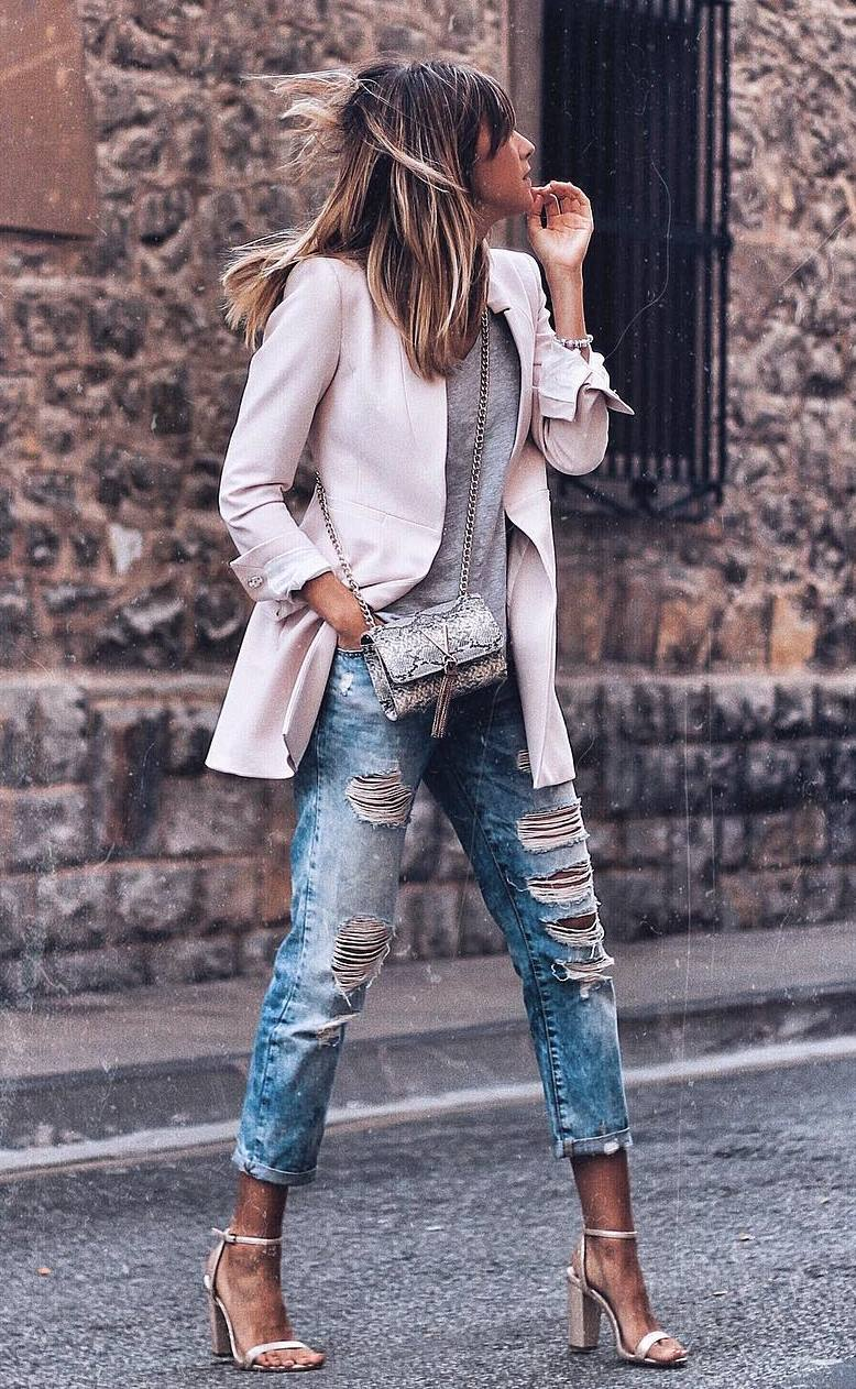 great outfit idea to try / blazer + ripped jeans + bag + top + heels