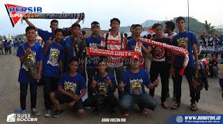 Ribuan Bobotoh Dukung Langsung Persib Bandung di Kandang Madura United