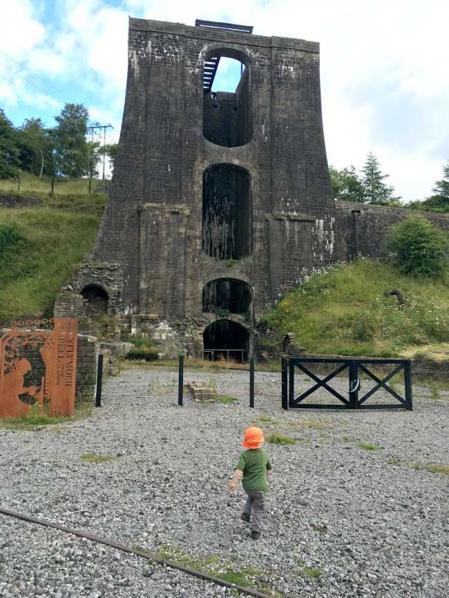 Blaenavon-Ironworks-A-Toddler-running-towards-balance-tower