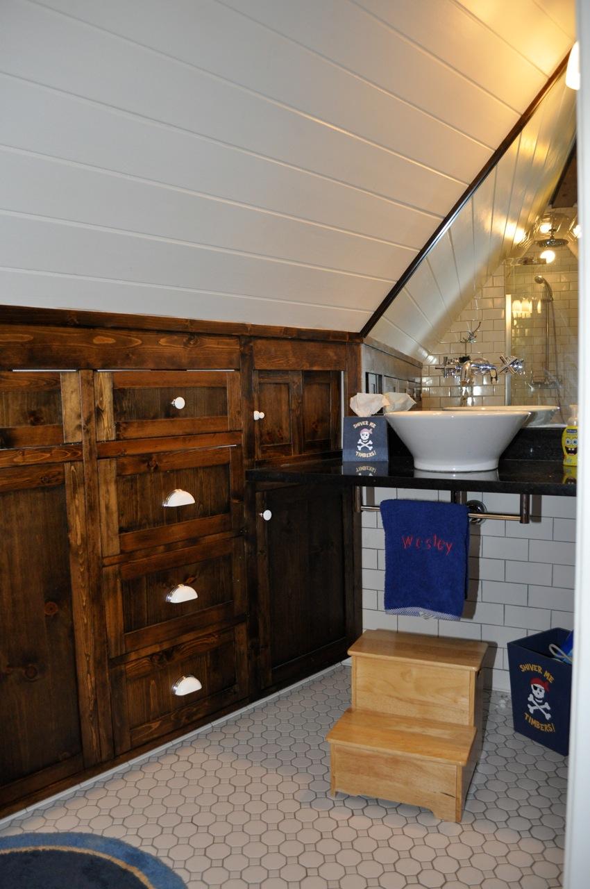 Small Attic Renovations : Small attic bathroom plans awesome home design