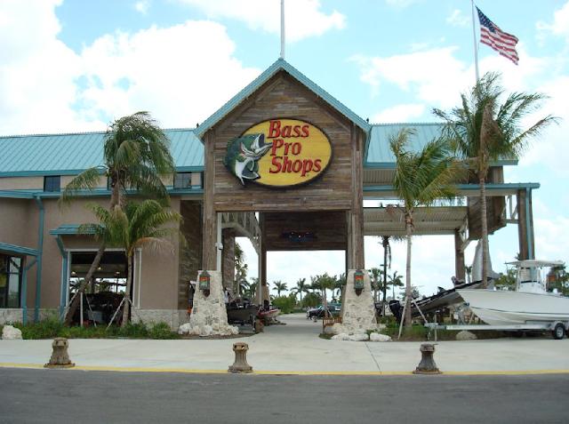 Loja de pesca Bass Pro Shops em Miami