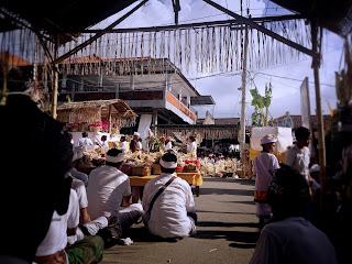 The Atmosphere During Ngenteg Linggih Ceremony At Ringdikit Village
